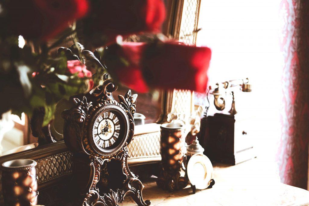 Vreme služi ali ne postoji