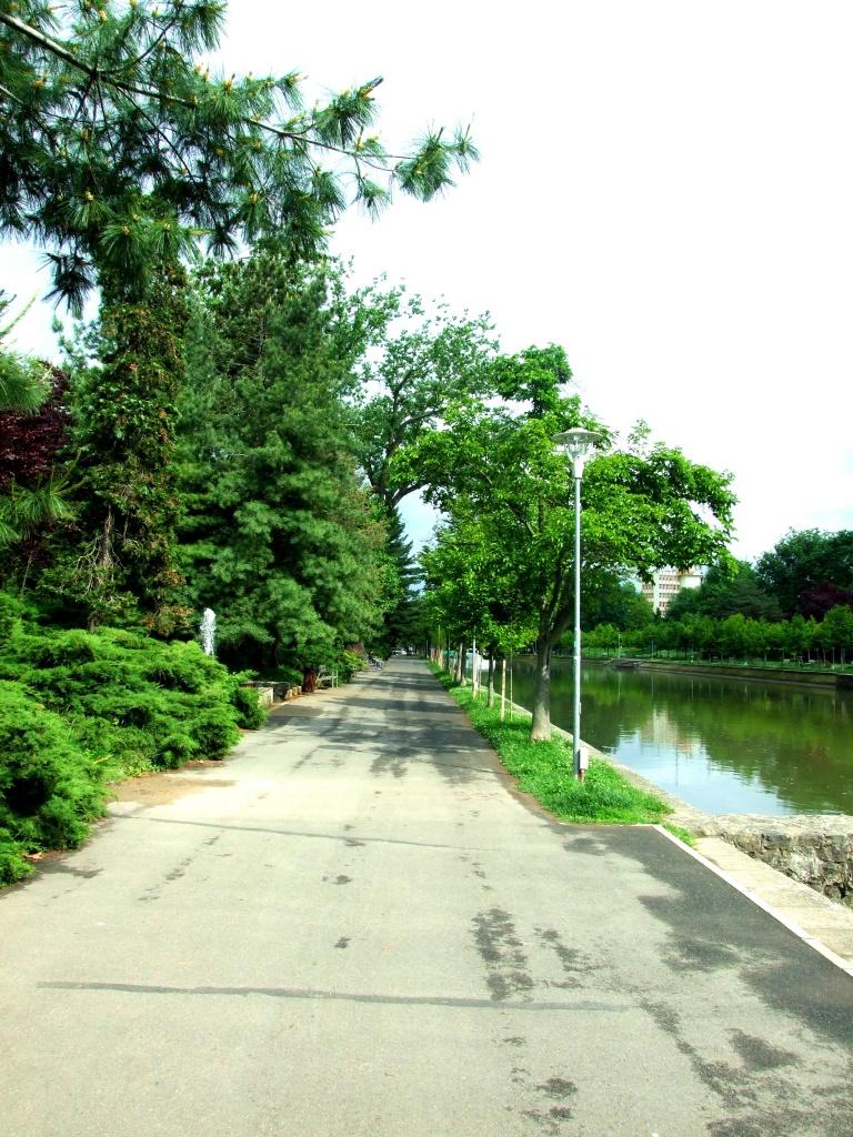 Šetalište pored Begeja