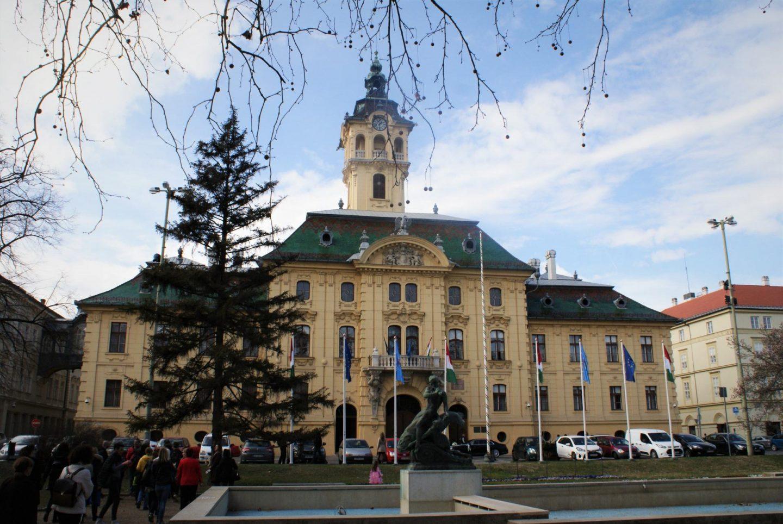Gradska većnica u Segedinu © According to Kristina