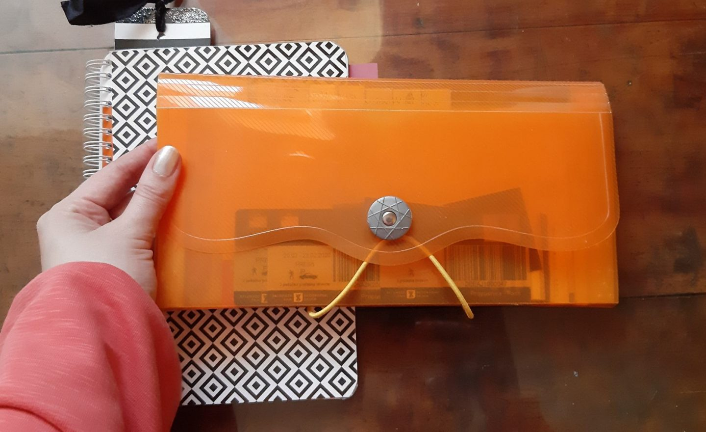 Omiljena harmonika fascikla za novac i račune © According to Kristina